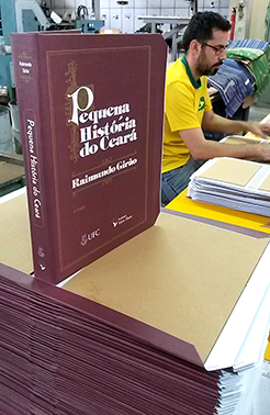 Livro Pequena História do Ceará de Raimundo Girão